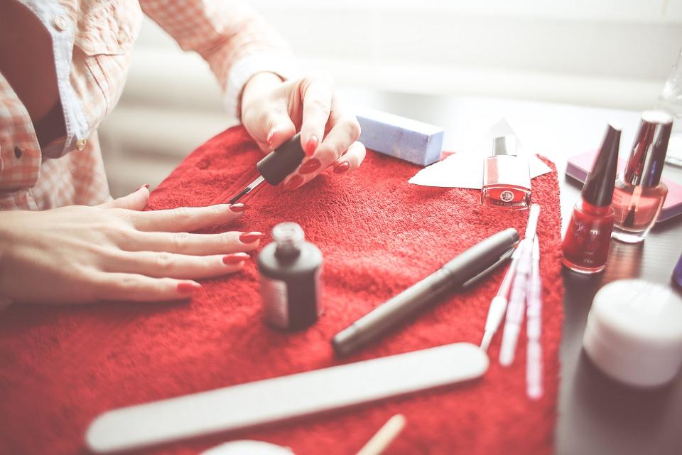 Elegancki manicure w domu