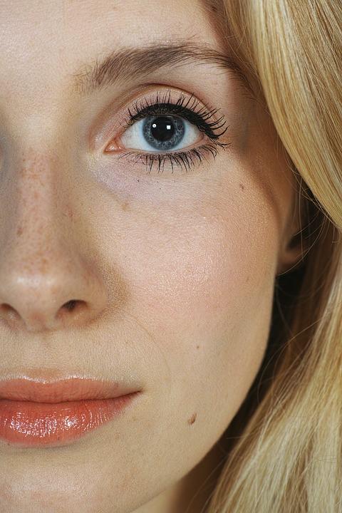 Kiedy warto wykonać korektę nosa?