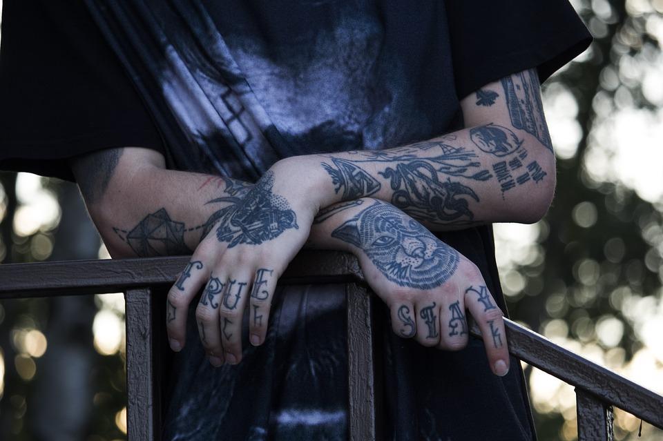 Na co zwrócić uwagę wybierając studio tatuażu?